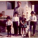 13 vo li Erich Rudy Hanni Gery mit Papa