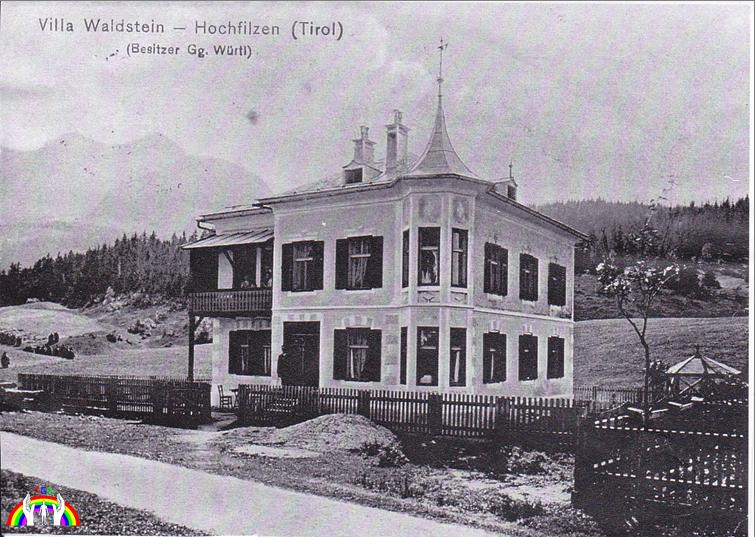 Kopie vom Dachbodenfundus der Villa Waldstein von RGR